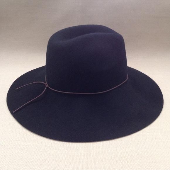 a82393db5b8e5 Urban Outfitters Ecote Black Wool Boho Floppy Hat